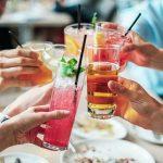 Cocktails på bordet
